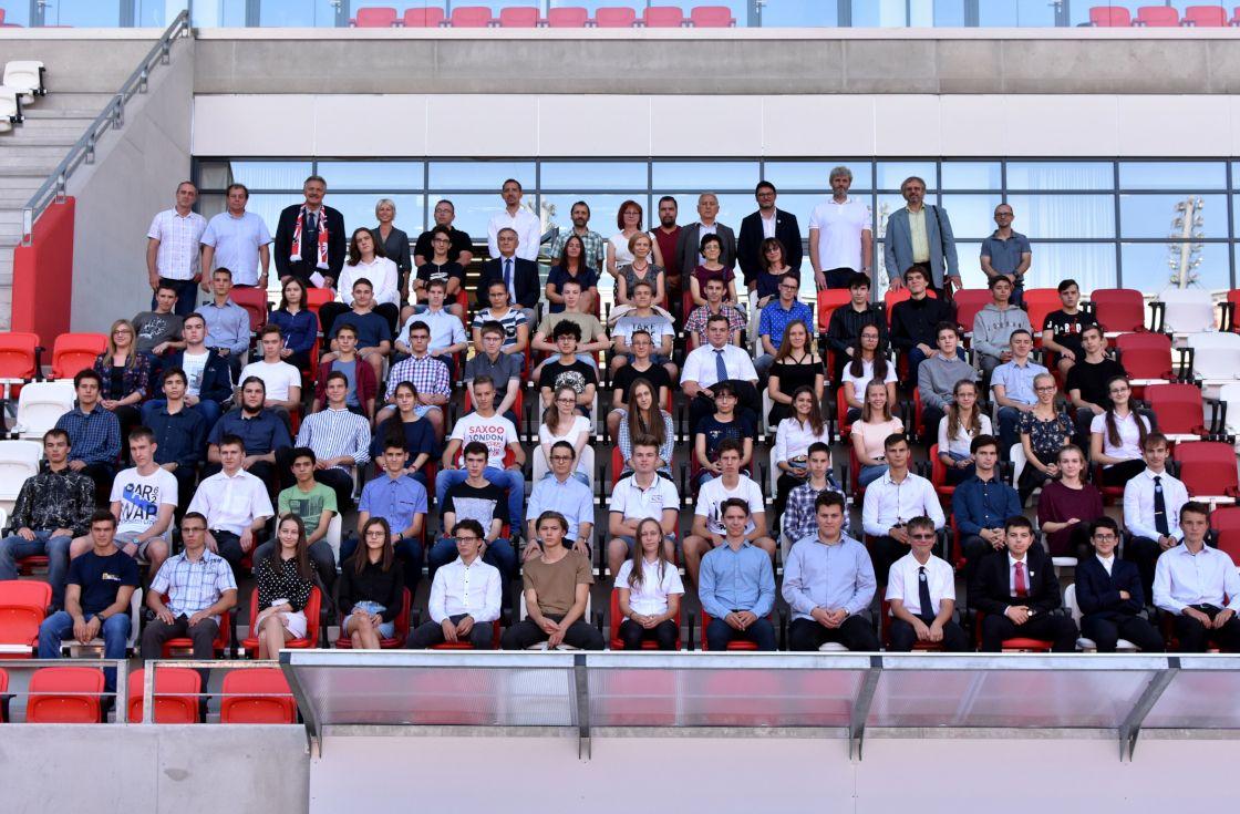 Elindult az ARAGO-DVTK tanulmányi ösztöndíj program